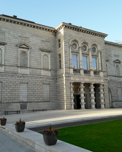 Best walking tour in Dublin, places to visit when in Dublin The National Gallery houses
