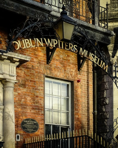 Best walking tour in Dublin, places to visit when in Dublin writers museum