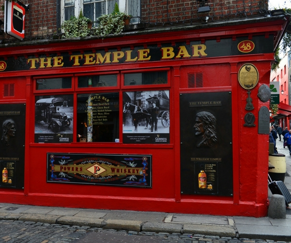dublin walking tours temple bar.