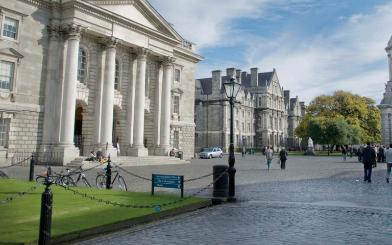 trinity college dublin walking tours.